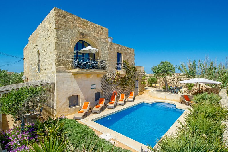 Dar Il-Bahar Holiday home, holiday rental in San Lawrenz