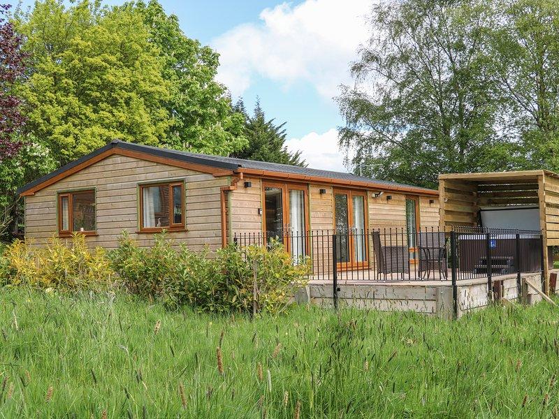 ISABELLA, Woodburner, All ground floor, Open-plan living, Hurst Green, holiday rental in Oswaldtwistle