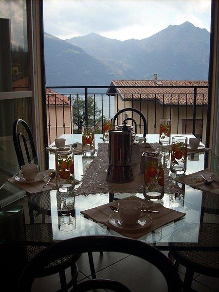 cozinha com vista e terraço