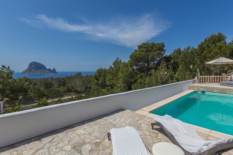 Villa Orion, holiday rental in Cala Carbo