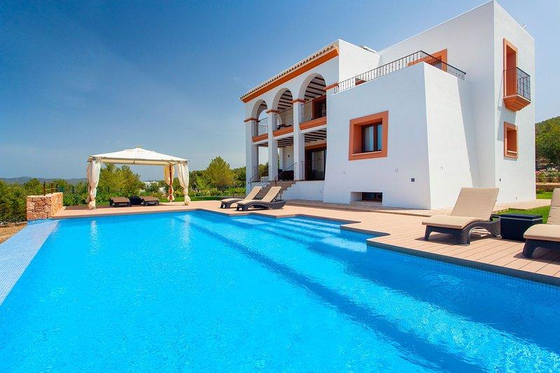 Villa Orange, holiday rental in Sant Antoni de Portmany