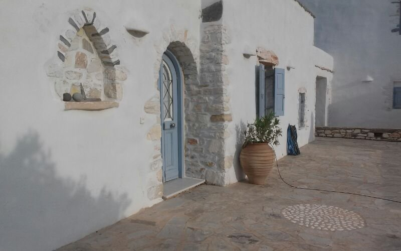 Villa Vent d'Est ,Isterni ,Paros, holiday rental in Ampelas