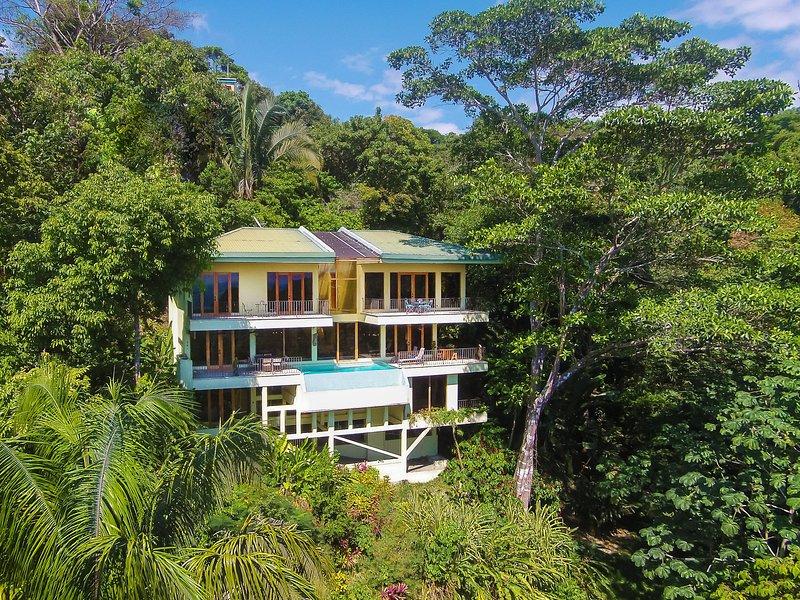 Casa Mogambo - Un santuario de selva tropical