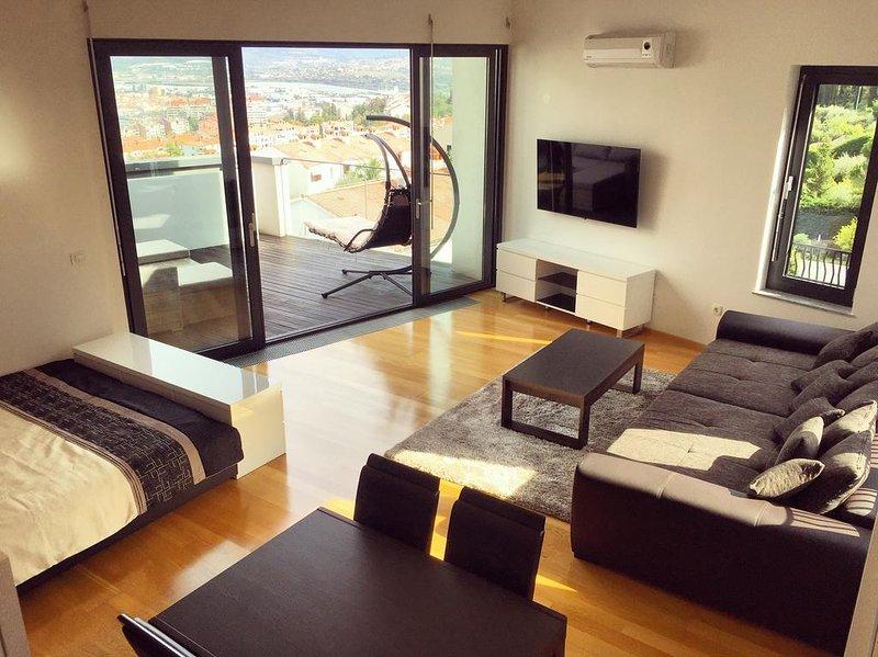 Elite nokturno Sea-view studio NIK, holiday rental in Slovenian Istria