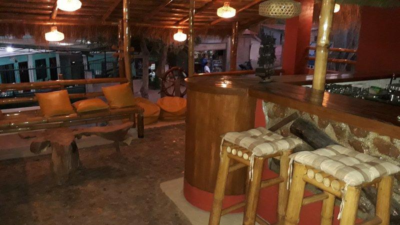 Pirates Bar, Coron