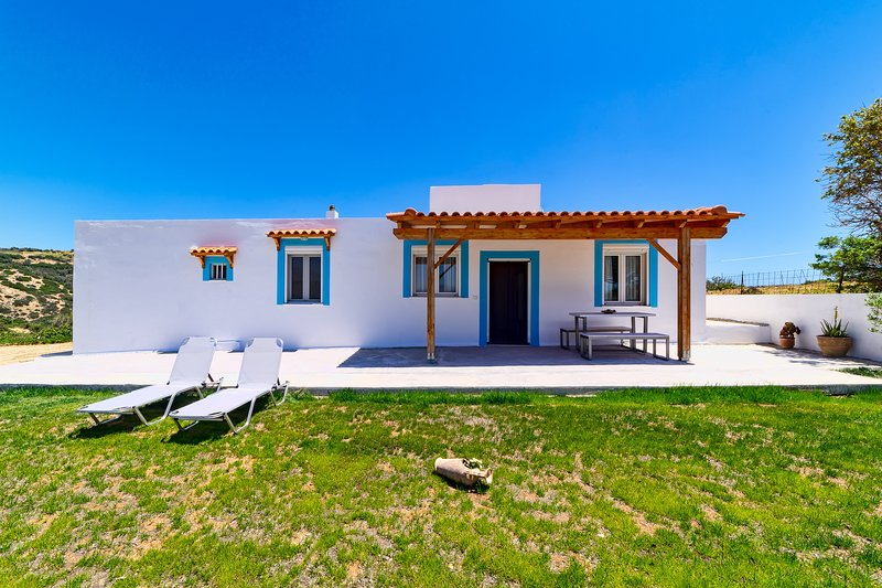 Great view home in Triopetra, location de vacances à Xilokampos