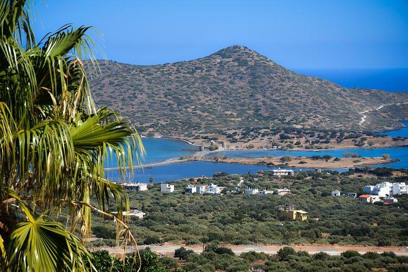 Elounda Sea View Villa Theo, location de vacances à Fourni