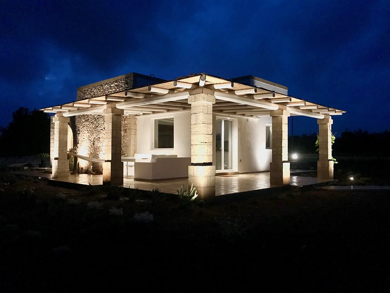 Leukos, villa di charme in Salento, holiday rental in Pescoluse