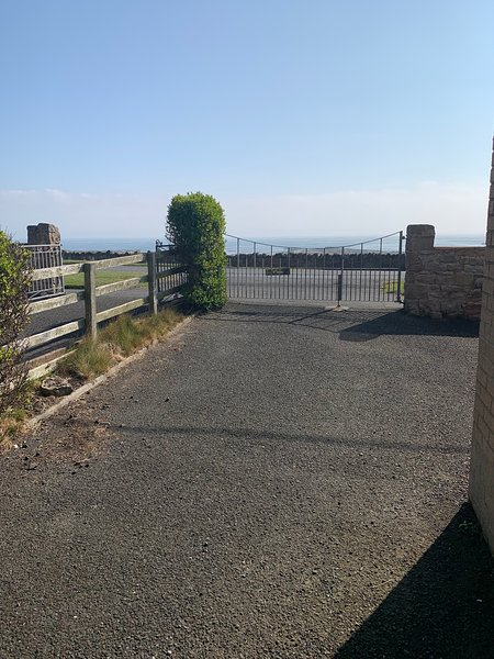 The Seaside House at Beadnell, holiday rental in Beadnell