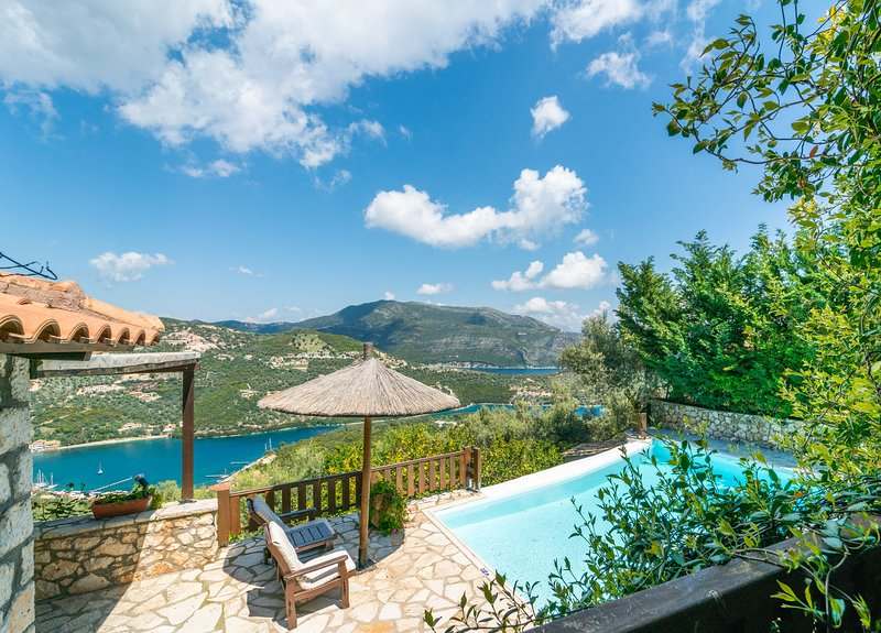 Villa Mia - Arriva Villas, holiday rental in Evgiros