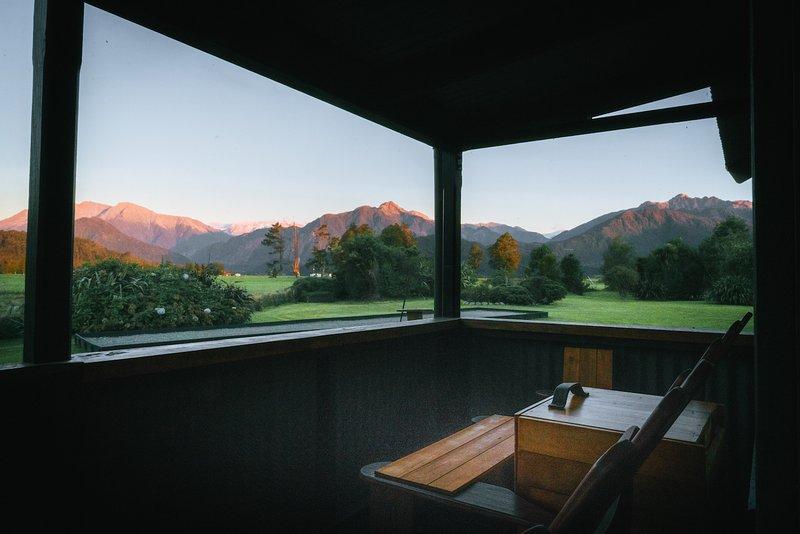 The Grassy Flat Hut, casa vacanza a Hokitika