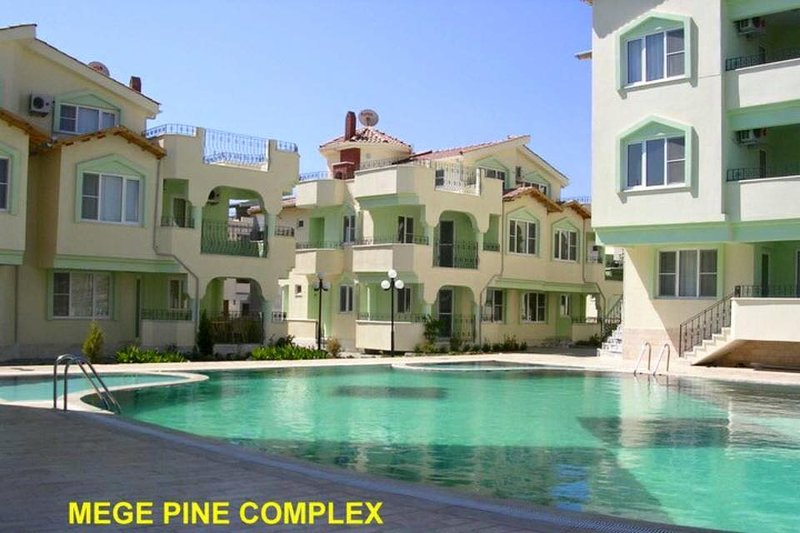 3 Bedroom Apartment on lovely complex, holiday rental in Altinkum