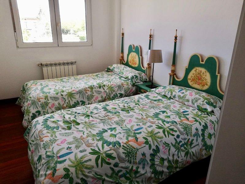 Apartamento en Prellezo. Por Quincenas o Semanas, holiday rental in Pesues