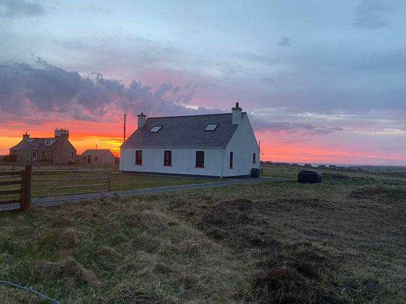 18 Cross Skigersta Road, Ness, Isle of Lewis, holiday rental in Adabroc