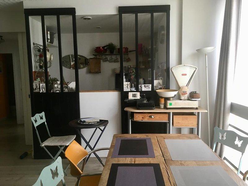 Kitchen open on living room