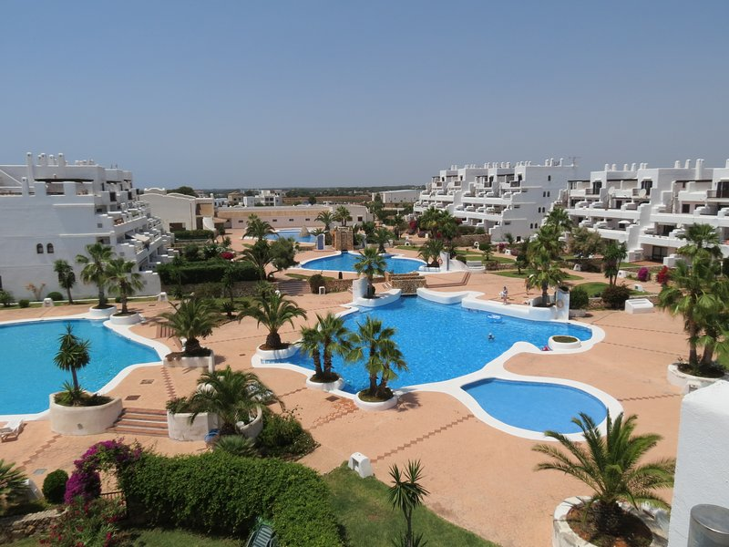 Cala D'Or Beautiful and modern apartment with private garden, BBQ, swimming pool, holiday rental in Cala Mondrago