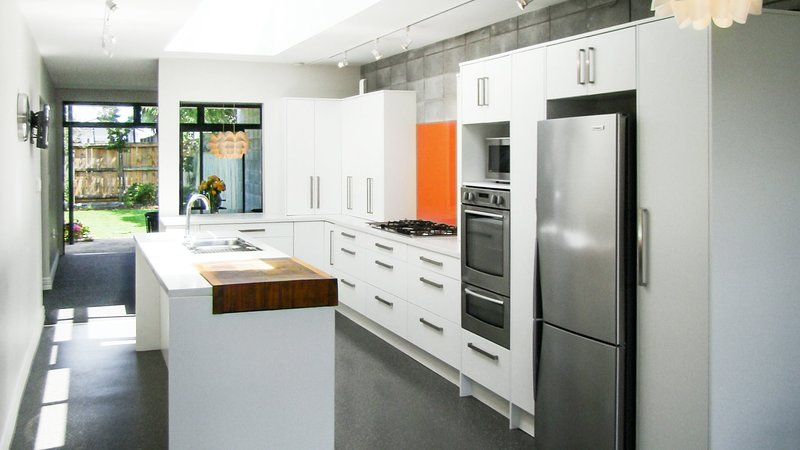FABULOUS IN FITZROY - LOCATION AND JOYFUL LUXURY, holiday rental in New Plymouth