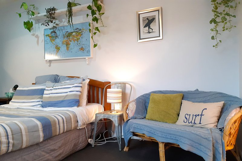 STUDIO22 - FITZROY CUTIE, holiday rental in New Plymouth