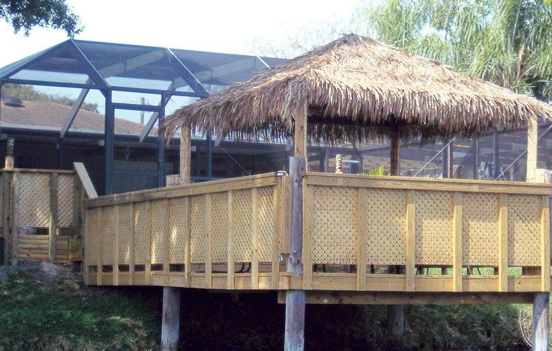 The Lakehouse, Pool, Hot Tub, Games Room Tiki Hut, alquiler de vacaciones en Palma Sola
