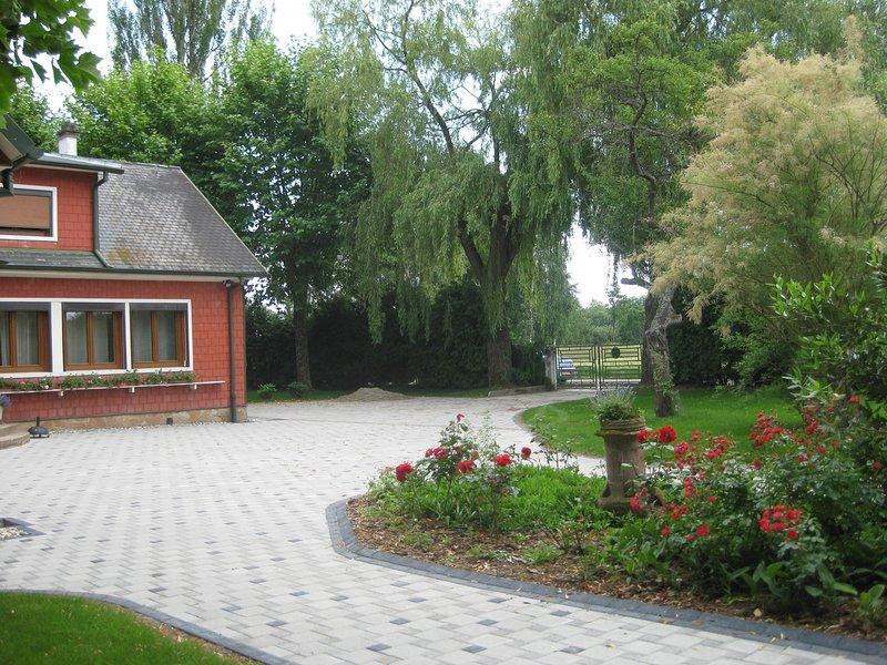 Amazing house with garden & Wifi, aluguéis de temporada em Epfig