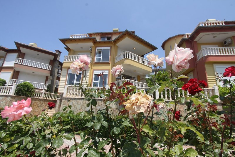 5 bedroom Private villa, location de vacances à Yesiloz