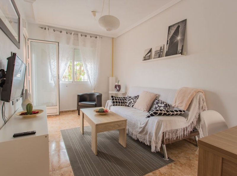 Nice apartment with shared pool, vacation rental in Roda