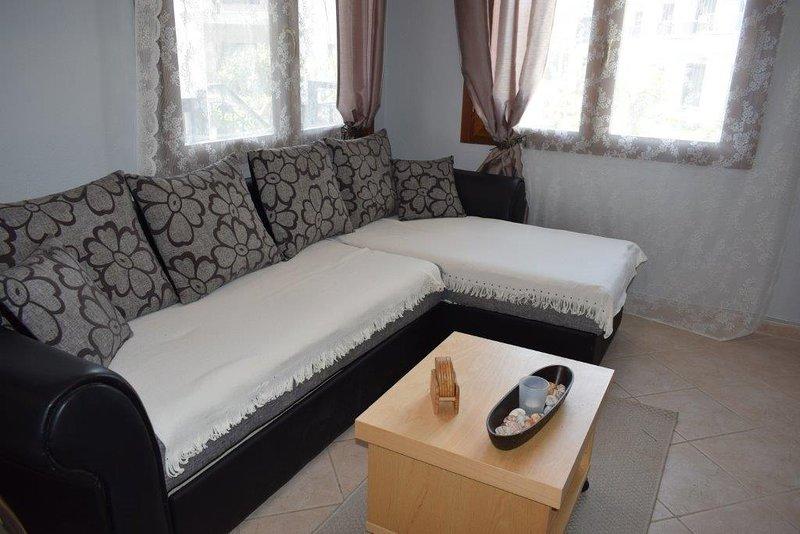 Quintessence Home 4 bedrooms, alquiler de vacaciones en Nikiti