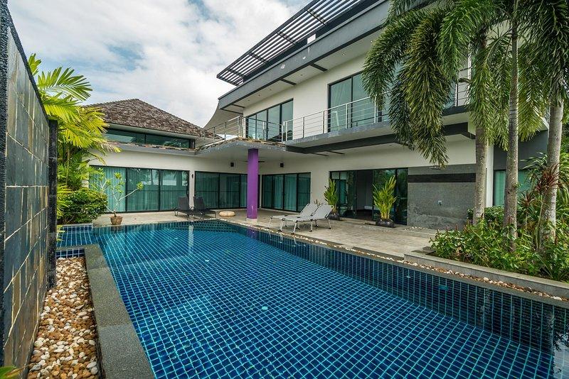 Diamond 258 - 3 bedroom private pool villa in BangTao, casa vacanza a Si Sunthon