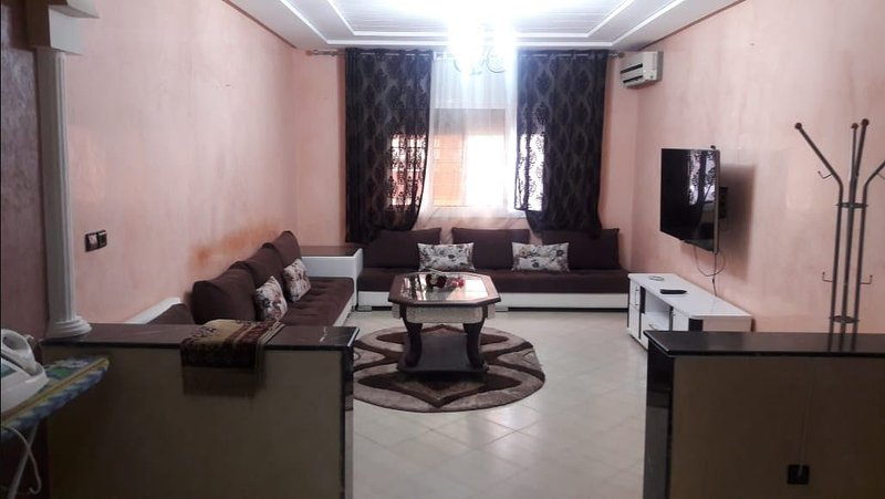 Beautiful apartment with terrace, holiday rental in Oujda