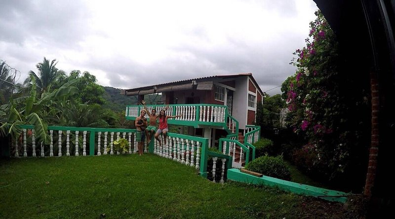 Charming and Affordable Casita in Atami, El Salvador, holiday rental in Santa Tecla