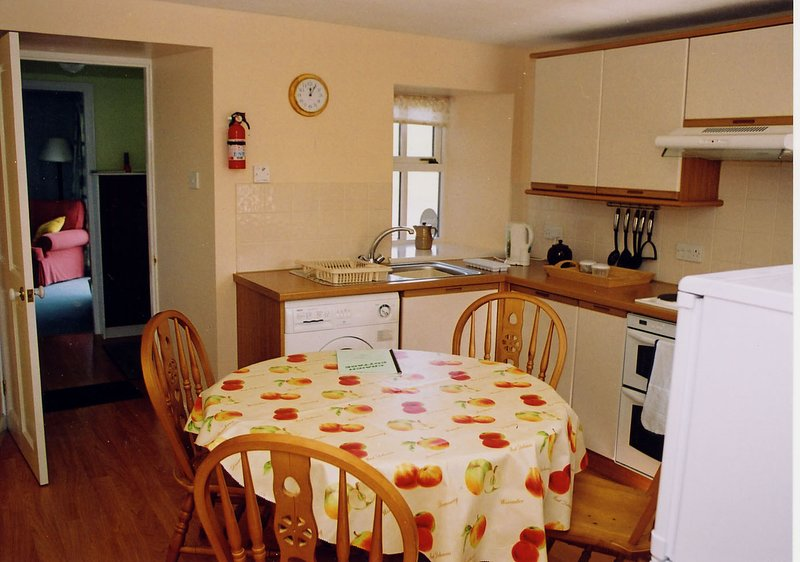 The cottage has a fully equiped kitchen/dining are catering for 6