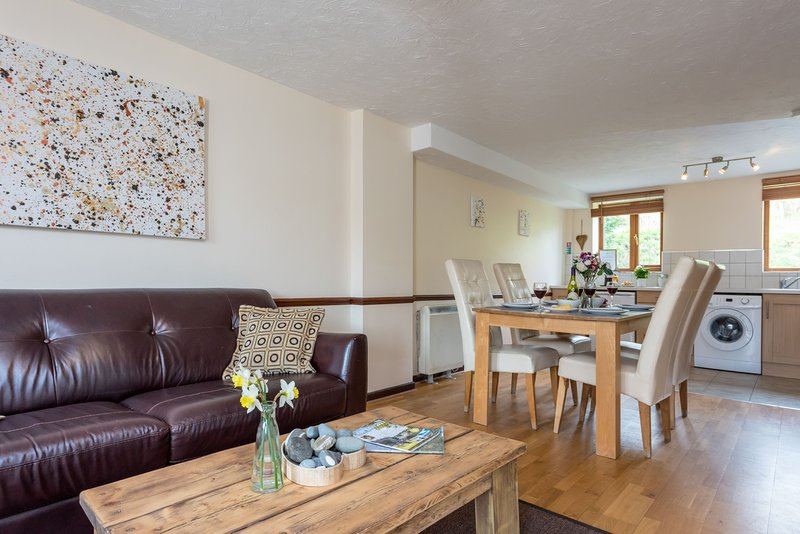 Nook Cottage, East Thorne - A family-friendly cottage on a peaceful resort in be, location de vacances à Bradworthy