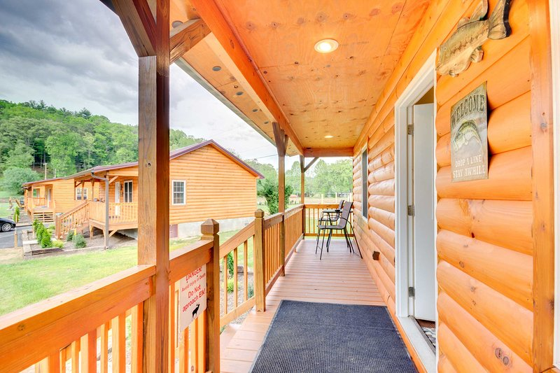 Welcome to your Bryson City home-away-from-home!