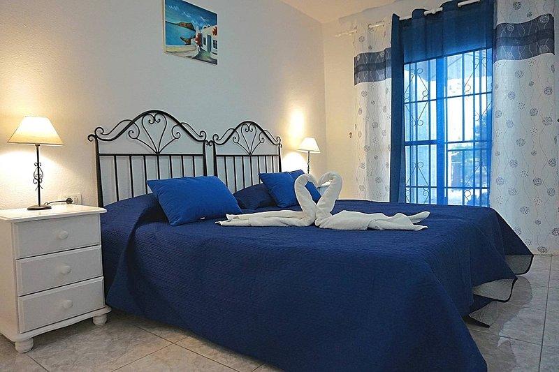 Hermoso apartamento en Amarilla Golf. OFFER!, holiday rental in San Miguel