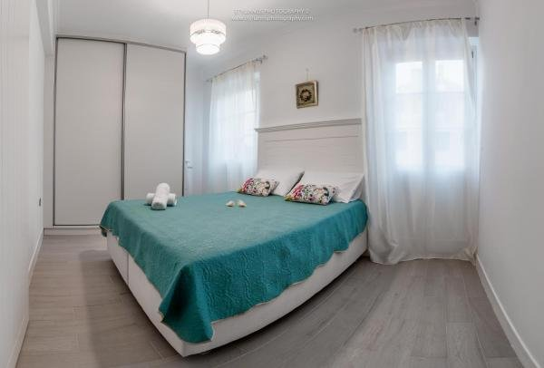 Celestia Apartment in the Old town, location de vacances à Corfu Town