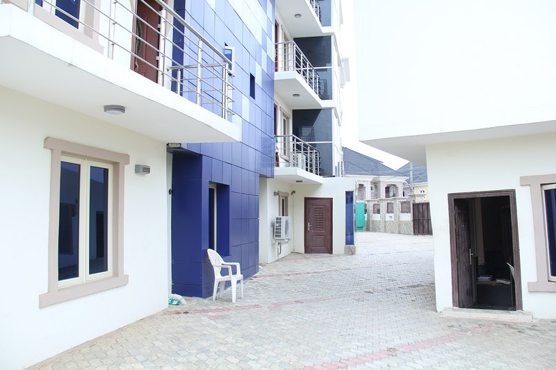 SSCFG LUXURY APTMS -  (SAMMY'S PLACE) 3 Bedroom Apartment, casa vacanza a Lagos