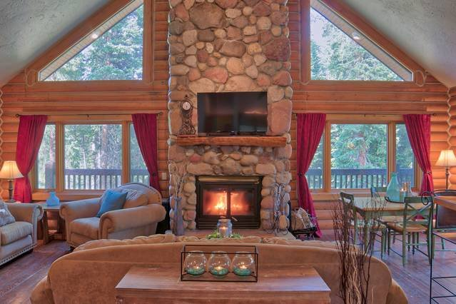 Blue River Log Cabin - Comfort Close to Breck, holiday rental in Alma
