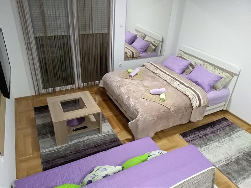 STUDIO-APARTMENT 'MAGDALENA', vacation rental in Trebinje