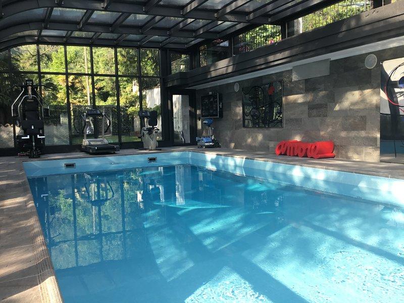 ' Mon Amour ' appartement in ville vue lac Melide, location de vacances à Pugerna