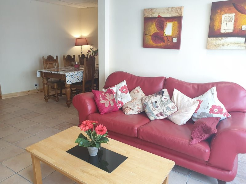 Glebe House, Ballinrobe, holiday rental in Castletownshend