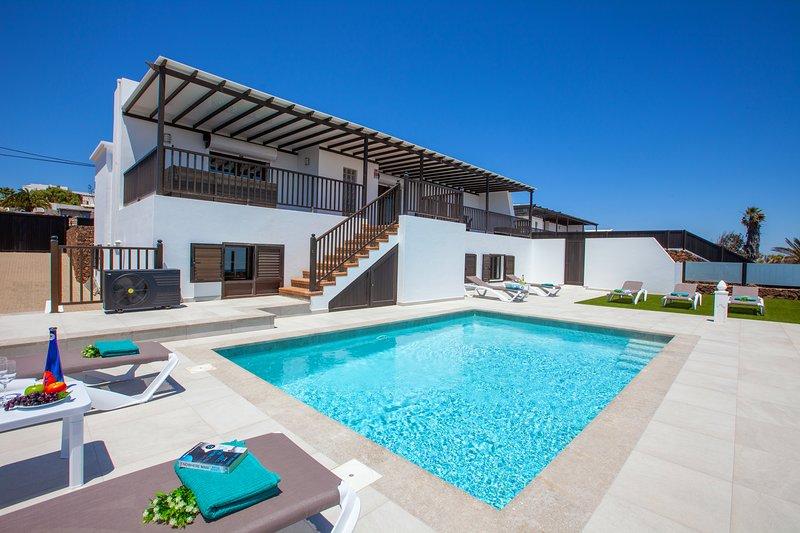 **NEW**VILLA HONEY ROSE , GUIME, alquiler de vacaciones en Lanzarote