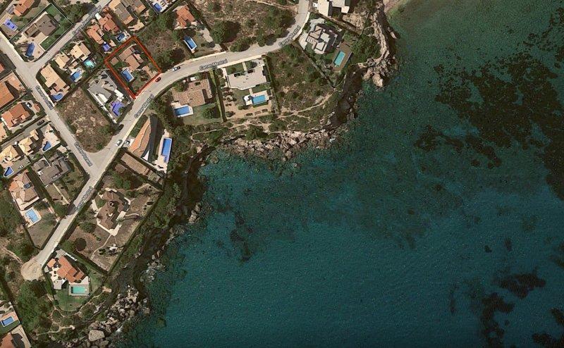 30 metri dal mare, splendida villa ristrutturata 2019 completa, attrezzature, piscina 4 camere da letto, 2 bagni,