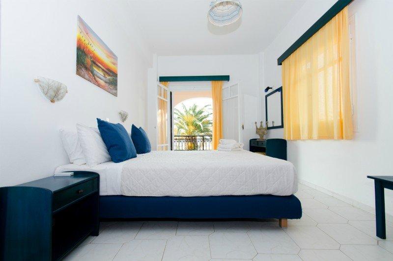 Corfu Almyros Family apartment, vacation rental in Astrakeri