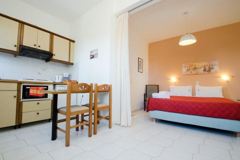 Holiday apartment  Natural Blue Green, location de vacances à Peroulion