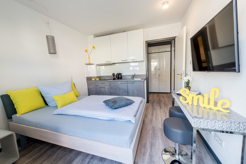 Komfort-Einzelzimmer-Apartment 'Business'- die Alternative zum Hotel in Bensheim, holiday rental in Bensheim
