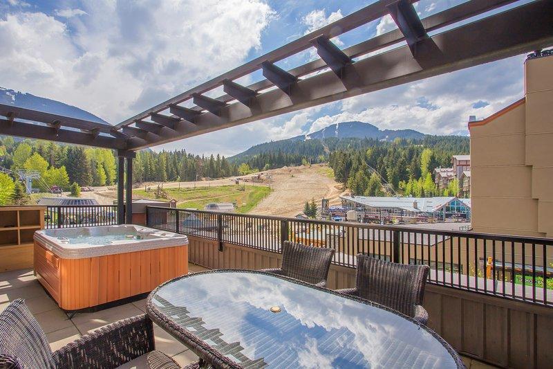 Njut av din privata balkong med fantastisk utsikt!