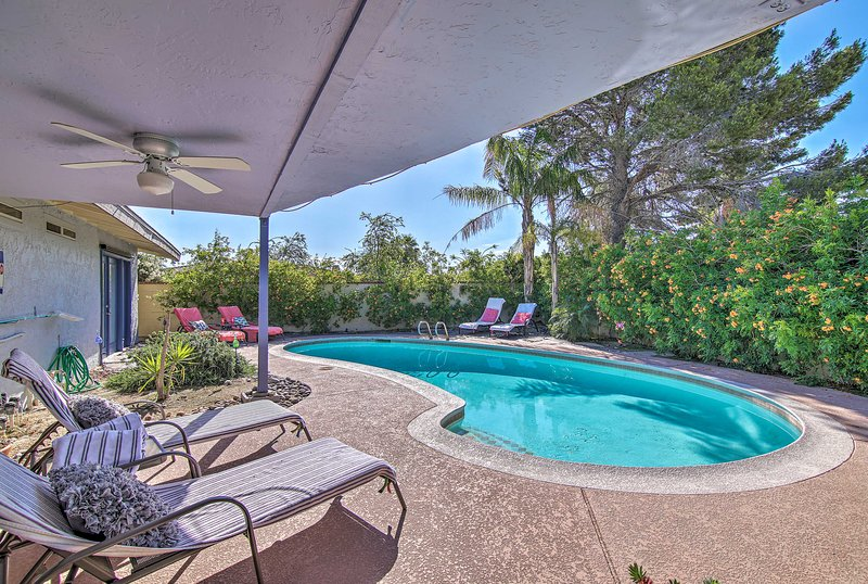 The 3-bed, 2-bath vacation rental includes space for up to 6 lucky guests.