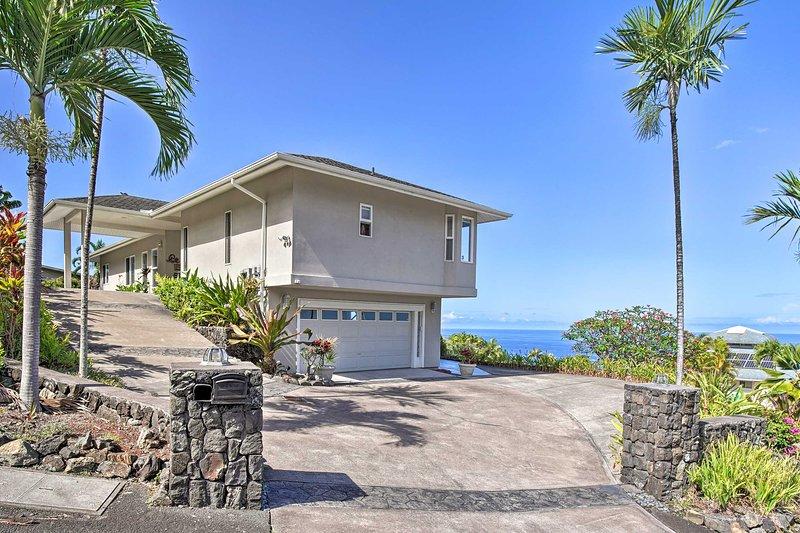 Custom-Built Kona Coast Home - Mins to Magic Sands, aluguéis de temporada em Holualoa