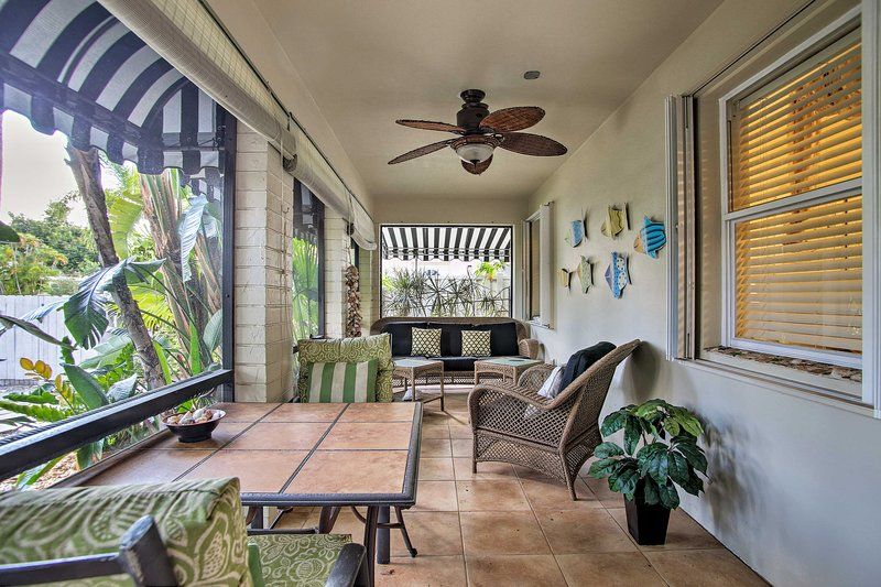 Find your paradise at this charming 1-bed, 1-bath Pompano Beach vacation rental.