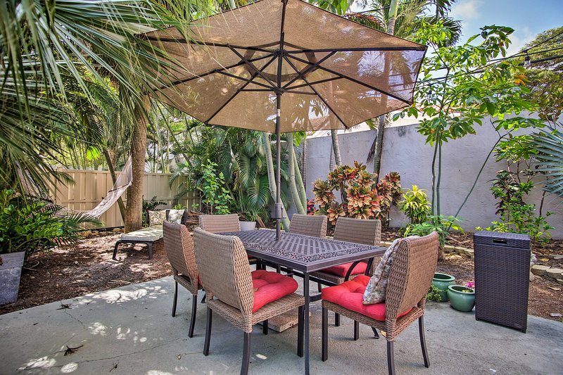 Relax in the shared backyard and enjoy a char-grilled feast off the gas grill.
